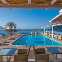 Отель Stalis Blue Sea Front Deluxe Rooms бассейн
