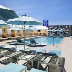 Отель SLS Las Vegas бассейн фото 3