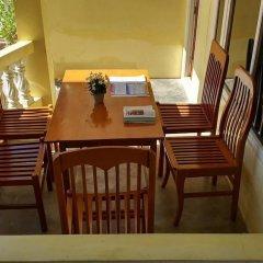 Отель Bright hotel Мьянма, Хехо - отзывы, цены и фото номеров - забронировать отель Bright hotel онлайн балкон