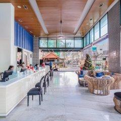 Отель The Beach Heights Resort Таиланд, Пхукет - 7 отзывов об отеле, цены и фото номеров - забронировать отель The Beach Heights Resort онлайн гостиничный бар
