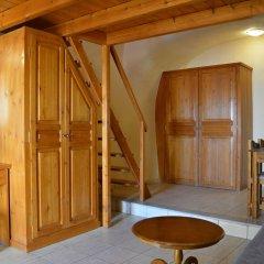 Отель Anemomilos Suites Греция, Остров Санторини - отзывы, цены и фото номеров - забронировать отель Anemomilos Suites онлайн комната для гостей фото 2