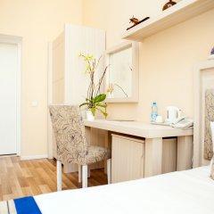 Отель Bristol Hotel Азербайджан, Баку - 9 отзывов об отеле, цены и фото номеров - забронировать отель Bristol Hotel онлайн удобства в номере фото 3