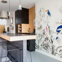 Отель Kith & Kin Boutique Apartments Нидерланды, Амстердам - отзывы, цены и фото номеров - забронировать отель Kith & Kin Boutique Apartments онлайн гостиничный бар