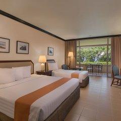 Отель Taal Vista Hotel Филиппины, Тагайтай - отзывы, цены и фото номеров - забронировать отель Taal Vista Hotel онлайн комната для гостей фото 5