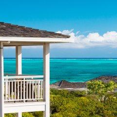 Отель Sailrock Resort- Island Hop Flight Included пляж фото 2