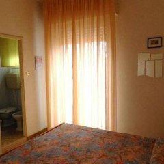 Отель Vevey Италия, Римини - отзывы, цены и фото номеров - забронировать отель Vevey онлайн удобства в номере фото 2