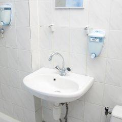 Отель Budget Hotel Ben Нидерланды, Амстердам - 1 отзыв об отеле, цены и фото номеров - забронировать отель Budget Hotel Ben онлайн ванная