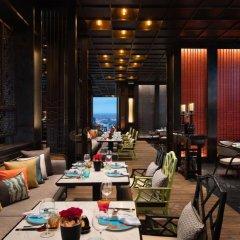 Отель Marriott Bangkok The Surawongse Бангкок питание