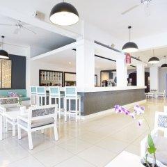 Отель Be Live Collection Punta Cana - All Inclusive Доминикана, Пунта Кана - 3 отзыва об отеле, цены и фото номеров - забронировать отель Be Live Collection Punta Cana - All Inclusive онлайн гостиничный бар