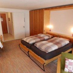 Отель La Sarine 112 - One Bedroom сейф в номере