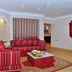 Отель Al Liwan Suites комната для гостей фото 5