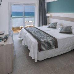 Отель 4R Miramar Calafell комната для гостей