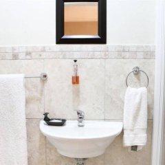 Отель Kelvin Grove Guest House ванная