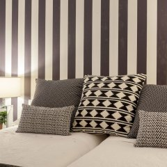 Отель Apartamentos Casa Malasaña Испания, Мадрид - отзывы, цены и фото номеров - забронировать отель Apartamentos Casa Malasaña онлайн сейф в номере