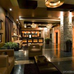 Отель Sandman Suites Vancouver on Davie Канада, Ванкувер - отзывы, цены и фото номеров - забронировать отель Sandman Suites Vancouver on Davie онлайн интерьер отеля