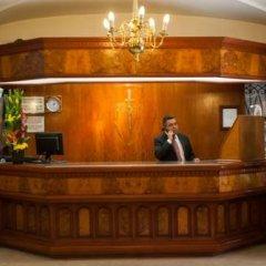 Отель Courtney Aff Excalibur Reforma Мексика, Мехико - отзывы, цены и фото номеров - забронировать отель Courtney Aff Excalibur Reforma онлайн интерьер отеля фото 3