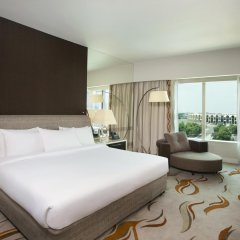 Отель Hilton Capital Grand Abu Dhabi комната для гостей фото 4