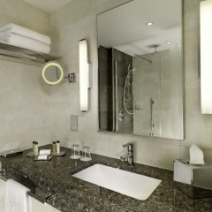 Отель DoubleTree by Hilton London Victoria ванная