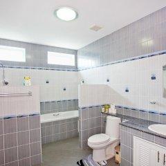 Отель Huay Yai Manor ванная