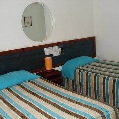 Отель O Cantinho сейф в номере