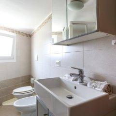 Отель Jerry's Apartment Италия, Маргера - отзывы, цены и фото номеров - забронировать отель Jerry's Apartment онлайн ванная фото 2