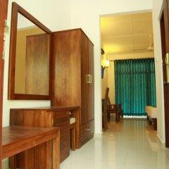 Отель Samwill Holiday Resort Шри-Ланка, Катарагама - отзывы, цены и фото номеров - забронировать отель Samwill Holiday Resort онлайн бассейн