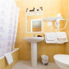 Отель Hostal Valencia ванная фото 2