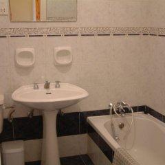 Отель Villa Atlantis Мальта, Мунксар - отзывы, цены и фото номеров - забронировать отель Villa Atlantis онлайн ванная