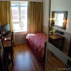 Hotel Anna сейф в номере