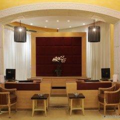 Warwick Palm Beach Hotel интерьер отеля
