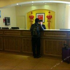 Отель Home Inn (Xi'an Qujiang Exhibition Center, Shaanxi Normal University) Китай, Сиань - отзывы, цены и фото номеров - забронировать отель Home Inn (Xi'an Qujiang Exhibition Center, Shaanxi Normal University) онлайн интерьер отеля