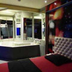 Отель Love Hôtel - Adults Only Франция, Париж - отзывы, цены и фото номеров - забронировать отель Love Hôtel - Adults Only онлайн спа