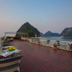 Отель Monkey Island Cruise пляж