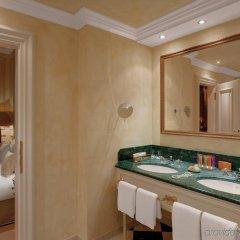 Hotel Königshof Мюнхен ванная фото 2