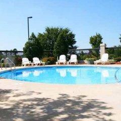 Отель Hampton Inn Concord/Kannapolis бассейн фото 3