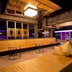 Graceland Bangkok By Grace Hotel Бангкок интерьер отеля фото 3