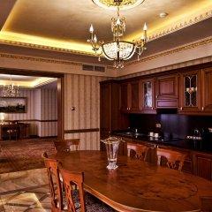 Мульти Гранд Фараон Отель в номере