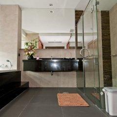 Отель Karonview 2 Пхукет ванная