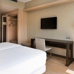 Отель NH Ribera del Manzanares удобства в номере фото 2