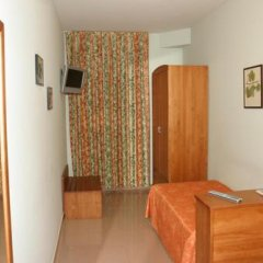 Hotel Fonda Neus удобства в номере