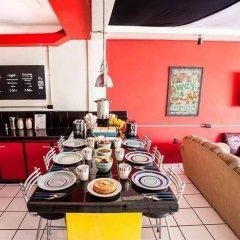 Отель Hostel Che Мексика, Плая-дель-Кармен - отзывы, цены и фото номеров - забронировать отель Hostel Che онлайн питание