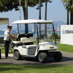 Le Grand Hotel Cannes Канны городской автобус