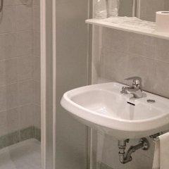 Отель Al Santo Италия, Падуя - 1 отзыв об отеле, цены и фото номеров - забронировать отель Al Santo онлайн ванная фото 2