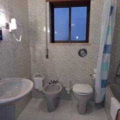 Hotel Ouro Verde ванная
