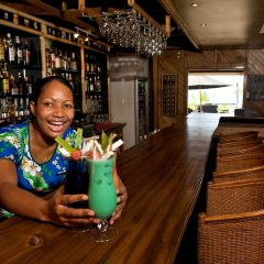 Отель Wananavu Beach Resort гостиничный бар
