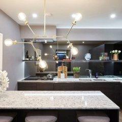 Отель 3 Bedroom Apartment With Garden in Knightsbridge Великобритания, Лондон - отзывы, цены и фото номеров - забронировать отель 3 Bedroom Apartment With Garden in Knightsbridge онлайн питание