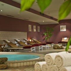 Отель Wyndham Hannover Atrium Германия, Ганновер - 1 отзыв об отеле, цены и фото номеров - забронировать отель Wyndham Hannover Atrium онлайн бассейн