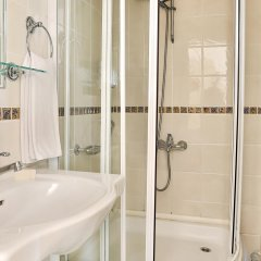 Barin Hotel ванная