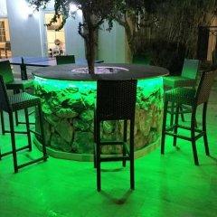 Отель Paradise Villas гостиничный бар