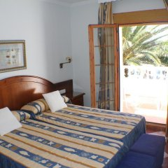 Отель Hostal Cabo Roche комната для гостей фото 5
